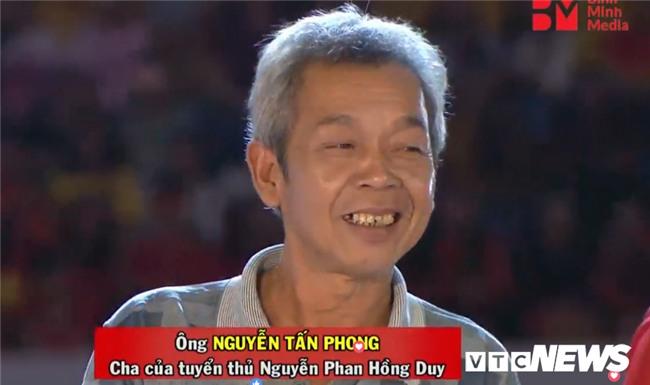 Thay đổi họ bố Công Phượng, sai thông tin căn bản về trận đấu... lễ vinh danh U23 Việt Nam bị chê tơi tả-2