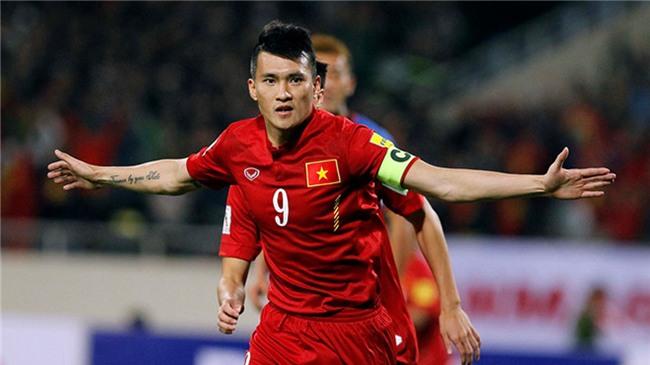 Top 10 cầu thủ Việt sở hữu lượng follow khủng trên Facebook, vượt mặt nhiều sao hạng A giải trí-3