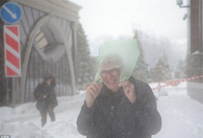 Tuyết rơi phá kỷ lục 100 năm ở Nga: Đã tìm ra nguyên nhân - Ảnh 6.
