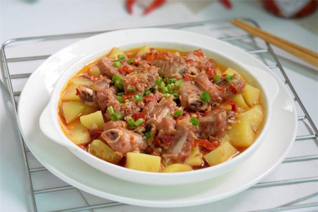 Sườn hấp khoai tây món ngon dễ làm - Ảnh 5.