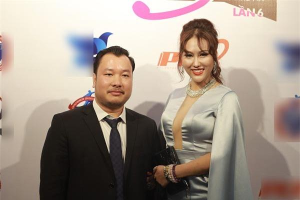 Phi Thanh Vân chia tay bạn trai doanh nhân sau vài tháng hẹn hò-1