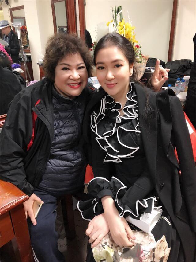 Tái xuất sau 13 năm đăng quang, có ai nhận ra Hoa hậu Nguyễn Thị Huyền với chiếc cằm dài khác lạ này - Ảnh 1.