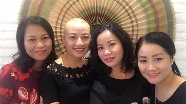 Người phụ nữ ung thư có nụ cười sáng bừng sức sống-1
