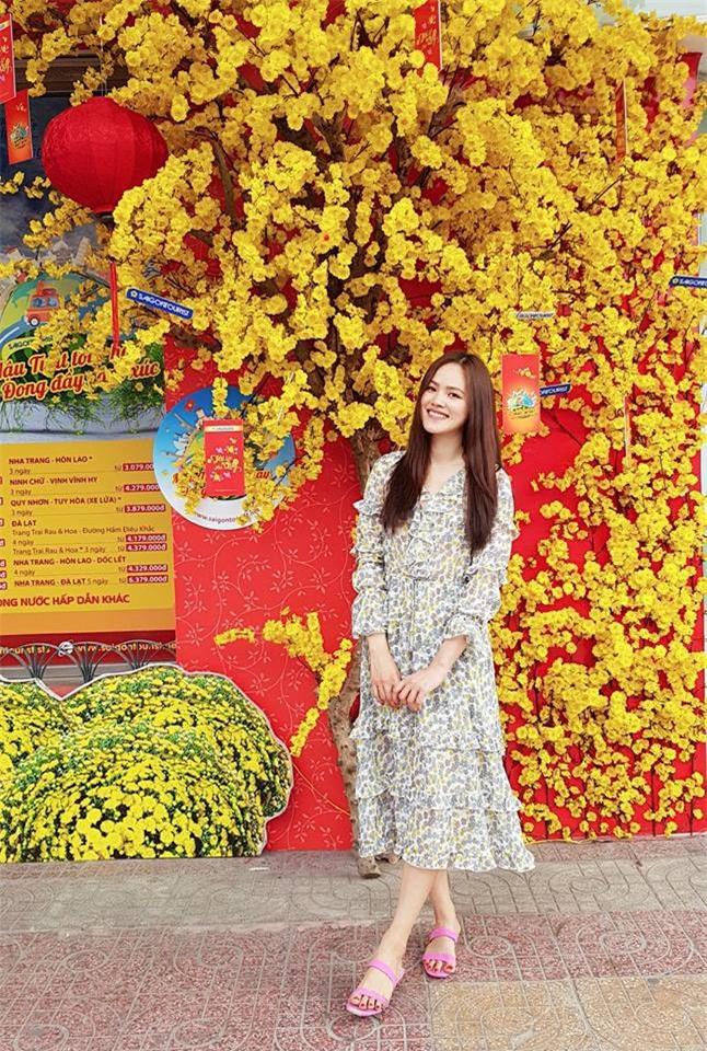Trước nghi vấn bầu bí lần 3, Tăng Thanh Hà vẫn một mực diện váy rộng giấu dáng trong street style tuần qua - Ảnh 10.