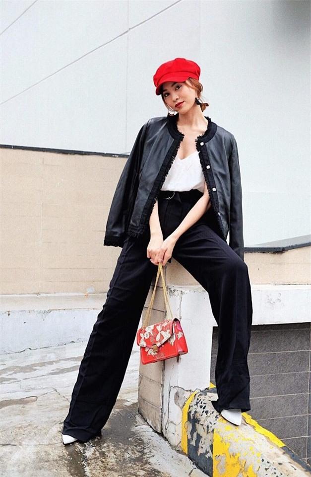 Trước nghi vấn bầu bí lần 3, Tăng Thanh Hà vẫn một mực diện váy rộng giấu dáng trong street style tuần qua - Ảnh 17.