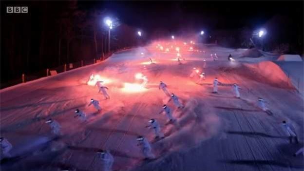 Màn biểu diễn trượt truyết hoành tráng của chủ nhà Hàn Quốc