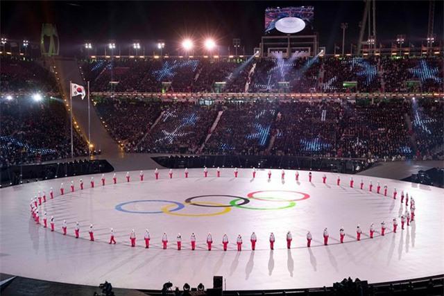 Hơn 35.000 CĐV đã lấp kín khán đài SVĐ Pyeongchang
