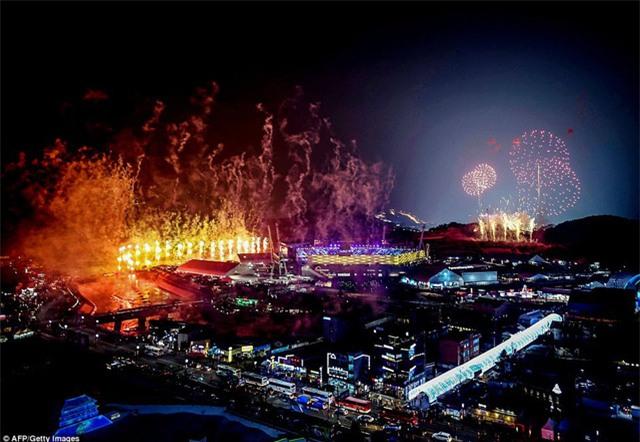 Thành phó Pyeongchang rực rỡ sắc màu trong lễ khai mạc