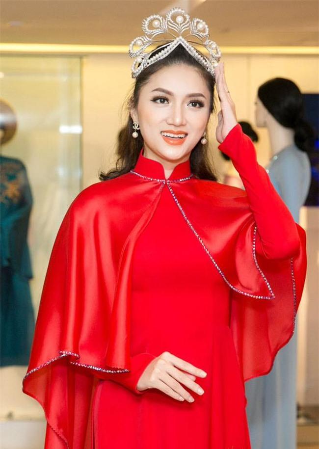 Vương miện Hoa hậu Hoàn vũ có gì tuyệt tác khiến mỹ nhân Việt thi nhau dùng hàng nhái?-4