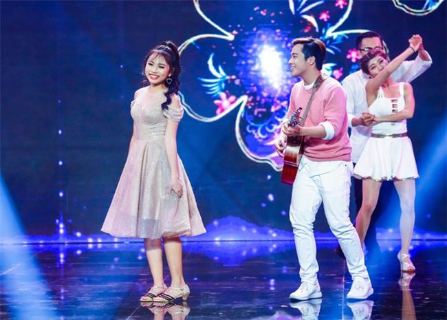 Phương Mỹ Chi diện váy áo điệu đà, khoe vũ đạo điêu luyện trên sân khấu - Ảnh 3.