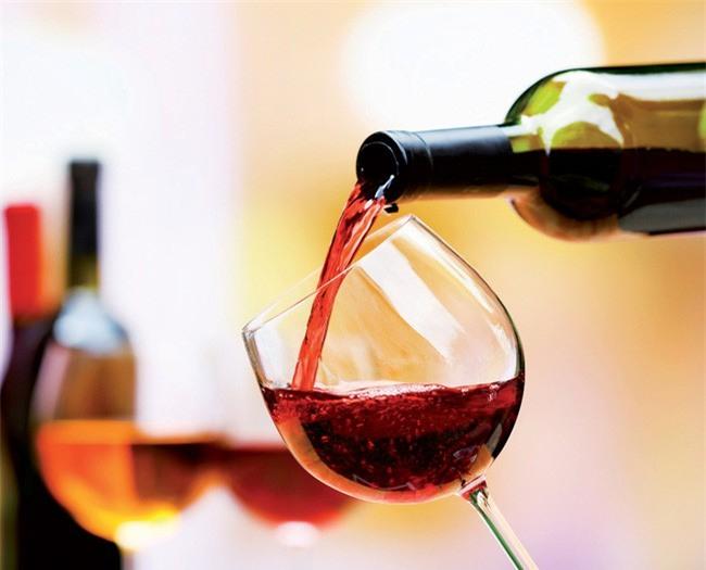 Chuyên gia tiết lộ: Uống rượu lâu say, uống bao nhiêu là đủ?-3