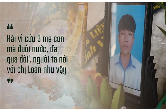 Ngay cuoi nam buon ben dong song Ghep hinh anh 5