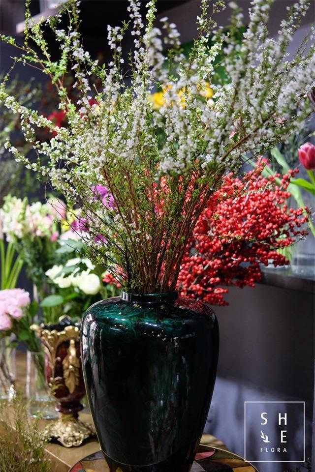 4 loại hoa nhập khẩu đắt tiền đang được chị em săn lùng ráo riết để trưng Tết 2018 - Ảnh 1.