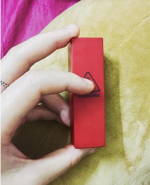 Valentine đáng nhớ của chị em: Người suýt ngất vì mở quà thấy cả lô quần chíp, người được tặng son còn nghi ngờ hàng fake - Ảnh 4.