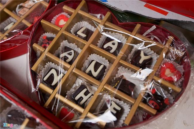 Thị trường quà tặng Valentine lu mờ vì không khí Tết