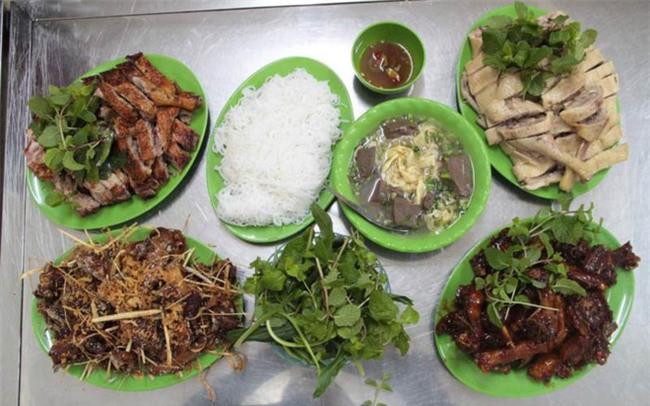 6 quán vịt ngon, giá chỉ khoảng 100 ngàn/ người để ăn giải đen cuối năm ở Hà Nội - Ảnh 1.