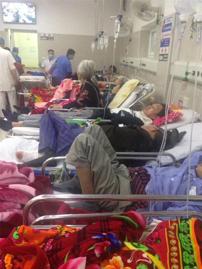 Cận Tết, Bệnh viện Bạch Mai vỡ trận, bác sĩ kiệt sức vì cấp cứu - Ảnh 6.