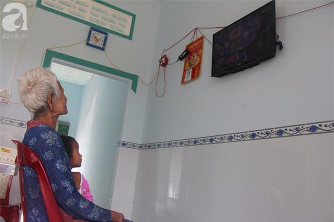 Không còn cảnh xin từng bữa cơm nuôi 4 người con tâm thần, người mẹ già 86 tuổi đã có một cuộc sống mới - Ảnh 12.
