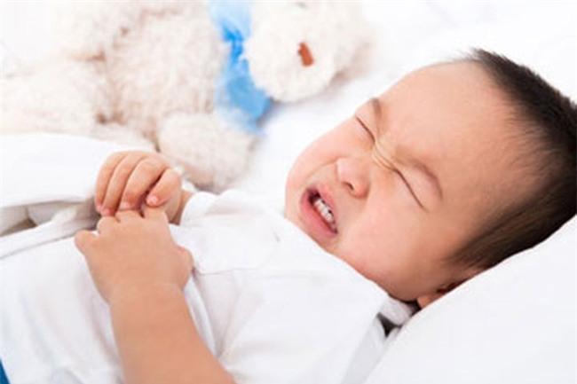 Bác sĩ Nhi chỉ rõ 2 bệnh trẻ dễ mắc phải trong những ngày lễ Tết và cách phòng tránh - Ảnh 1.