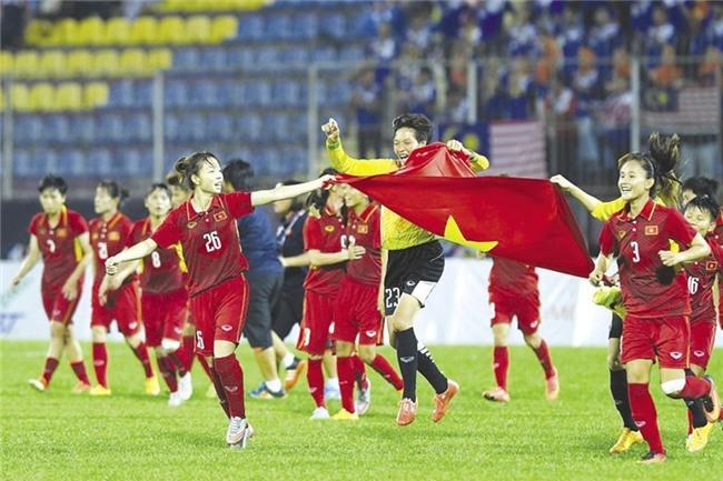 Tết đủ đầy của bóng đá Việt - Ảnh 1.