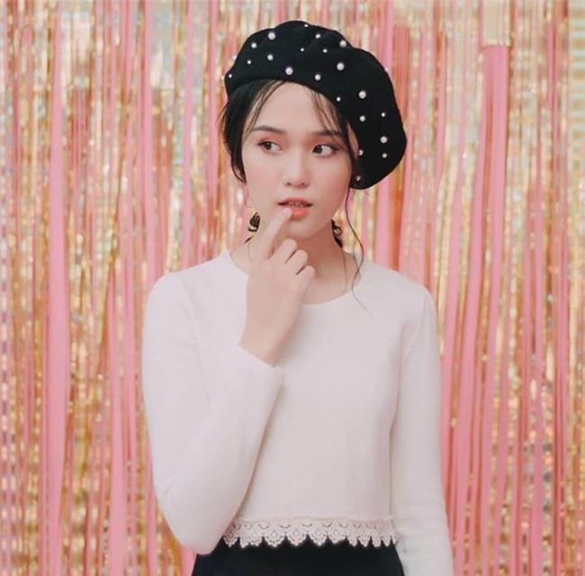 Bạn gái Đỗ Duy Mạnh U23: Dù có hàng ngàn vệ tinh vây quanh, tôi luôn tin tưởng anh Mạnh-3