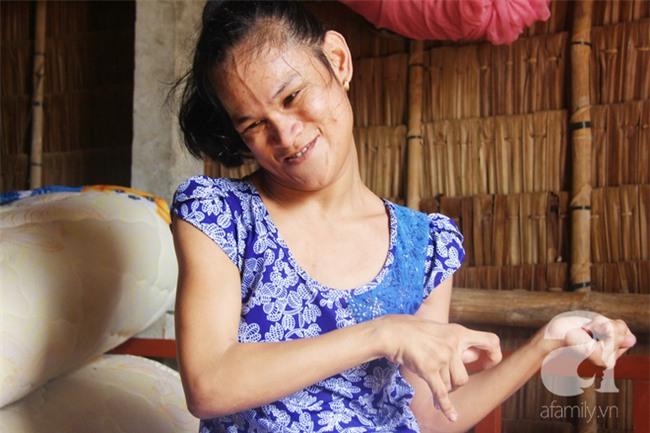 Tết mới của gia đình người mẹ điên ở Trà Vinh: Ấm áp và tràn ngập tiếng cười nhờ những tấm lòng - Ảnh 12.