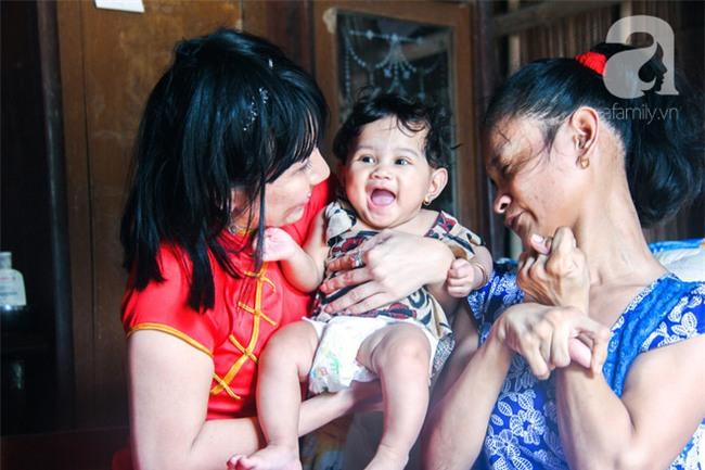 Tết mới của gia đình người mẹ điên ở Trà Vinh: Ấm áp và tràn ngập tiếng cười nhờ những tấm lòng - Ảnh 10.