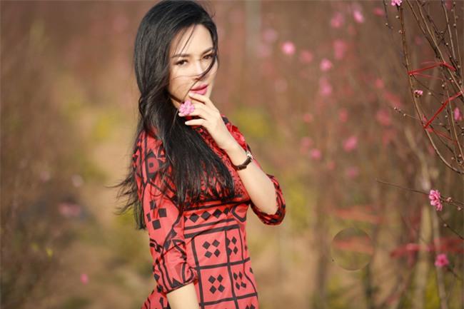 """""""hot girl dao keo"""" nam dinh dep lung lieng voi ao dai xuan hinh anh 14"""