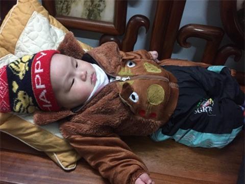 Cái Tết đầu tiên của bé trai sơ sinh nặng 7,1kg ở Vĩnh Phúc - Ảnh 3.