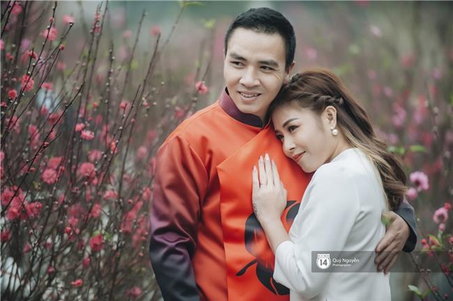 Chuyện tình MC Chúng tôi là chiến sĩ: 10 năm trước là đồng nghiệp dự đám cưới của nhau, 10 năm sau gọi nhau vợ chồng! - Ảnh 3.