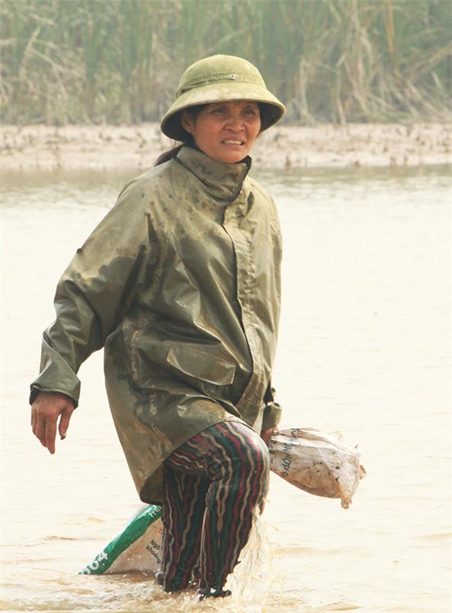 Người mẹ có 14 con ở Hà Nội: Cười, khóc sau 30 mùa xuân chưa bao giờ vui