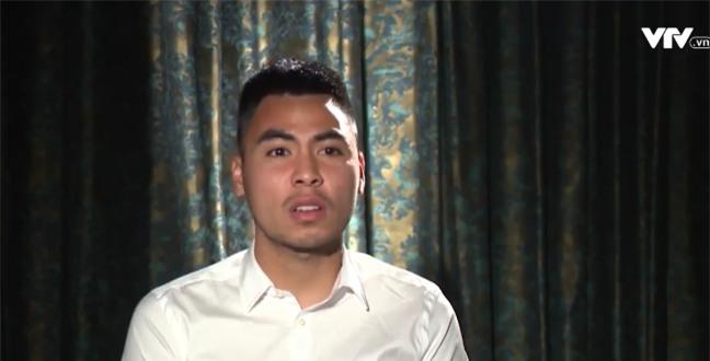Tự sự ngày trở về của các cầu thủ U23 Việt Nam: Chỉ mong chiếc xe buýt đi mãi như thế!-6