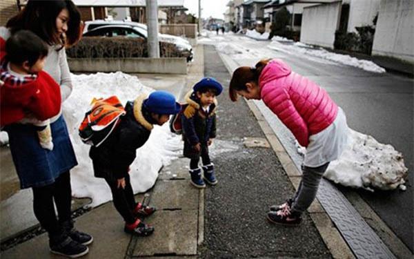Đặc điểm của những bà mẹ có khả năng dạy con xuất sắc - Ảnh 3.