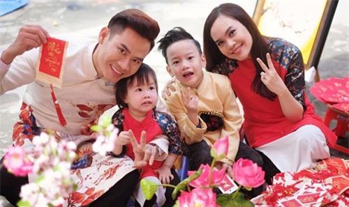 Sao Việt cho con dùng tiền lì xì và cách người Nhật dạy con - Ảnh 1.