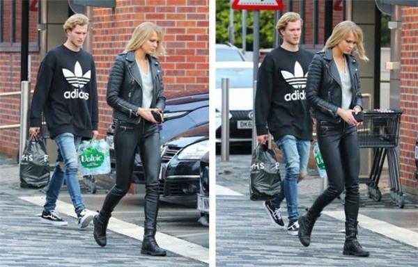 'Chết mê' trước vẻ đẹp của bạn gái thủ môn Liverpool - Ảnh 1.