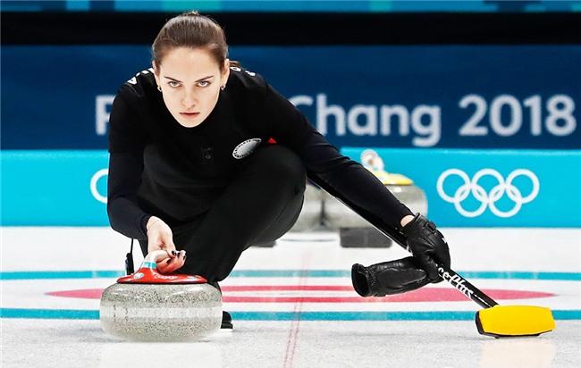 VĐV Nga bị kiểm tra doping vì... vợ quá đẹp? - Ảnh 7.