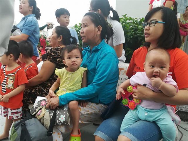 Nhiều gia đình khủng hoảng vì nhà trường nghỉ dài sau Tết (Ảnh minh họa)