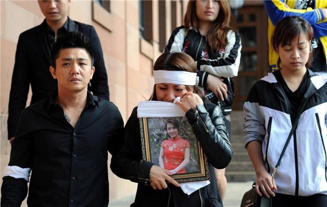 Cô gái Việt bị thiêu chết tại Anh: 2 kẻ ác thú chối bỏ tội hãm hiếp, giết người