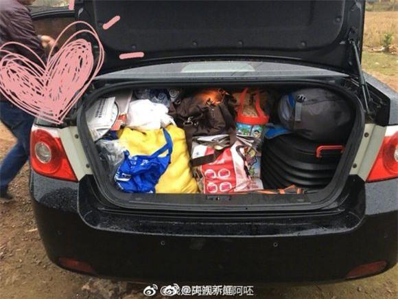 Trở về thành phố sau Tết, những người con xa quê còn mang theo những món ăn nặng trĩu tình yêu của cha mẹ - Ảnh 4.