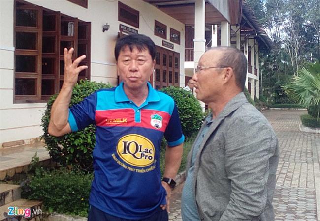 Park Hang-seo mo duong cho HLV Han Quoc den Viet Nam hinh anh 1