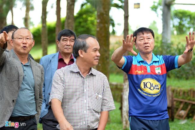 Park Hang-seo mo duong cho HLV Han Quoc den Viet Nam hinh anh 2