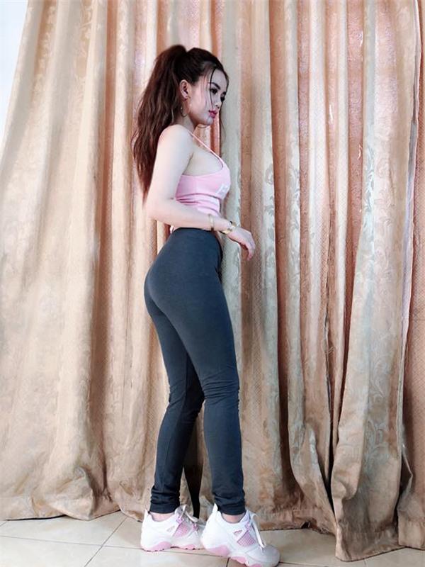 Bị từ chối Chị không mặc vừa tất cả các mẫu bên em, mẹ 9x nặng 70kg quyết giảm cân thành công - Ảnh 2.