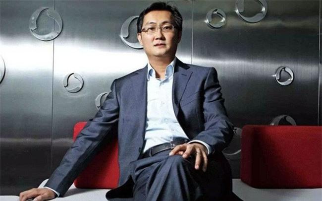 Chân dung Mã Hóa Đằng - vị tỷ phú kín tiếng vừa mới soán ngôi Jack Ma trở thành người giàu có nhất Trung Quốc - Ảnh 1.