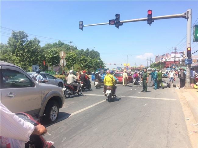 Kết luận ban đầu vụ tai nạn giao thông kinh hoàng ở Bình Dương: Tài xế vượt đèn đỏ, chạy sai làn - Ảnh 3.