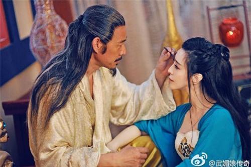 Những mỹ nữ bạo gan cắm sừng Quốc vương: Dương Quý Phi và mối tình ngang trái với con trai nuôi - Ảnh 2.
