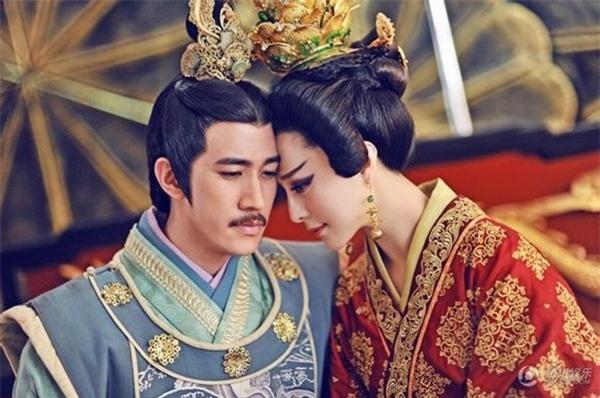 Những mỹ nữ bạo gan cắm sừng Quốc vương: Dương Quý Phi và mối tình ngang trái với con trai nuôi - Ảnh 3.