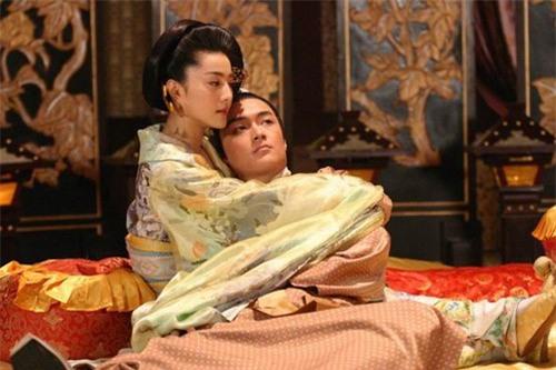 Những mỹ nữ bạo gan cắm sừng Quốc vương: Dương Quý Phi và mối tình ngang trái với con trai nuôi - Ảnh 5.