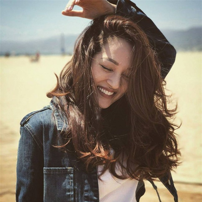 Đổi vận đầu năm, nhiều người đẹp Việt chọn cách thay đổi kiểu tóc - Ảnh 3.