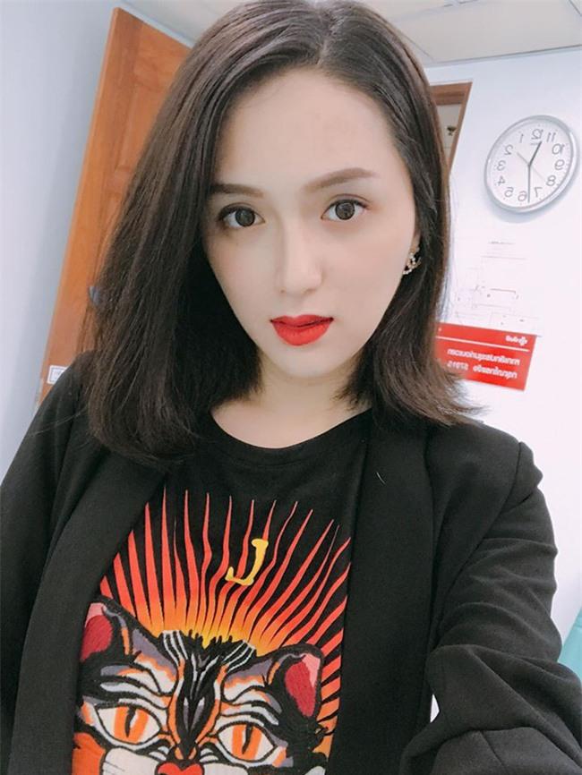 Đổi vận đầu năm, nhiều người đẹp Việt chọn cách thay đổi kiểu tóc - Ảnh 7.