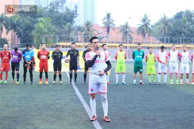 Ca sĩ Tuấn Hưng và diễn Việt Anh quyên góp được hơn 100 triệu ủng hộ thủ môn U23 Việt Nam có mẹ ung thư - Ảnh 10.